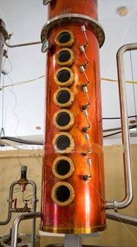 colonna per la distillazione del rum