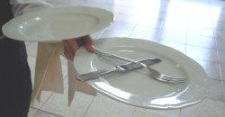 Come Portare I Piatti Cameriere.Tecniche Del Servizio Il Servizio Di Sala